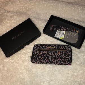 Travelon wallet